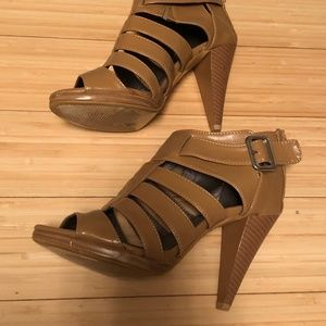 Shoes - Tan High Heeled Sandals